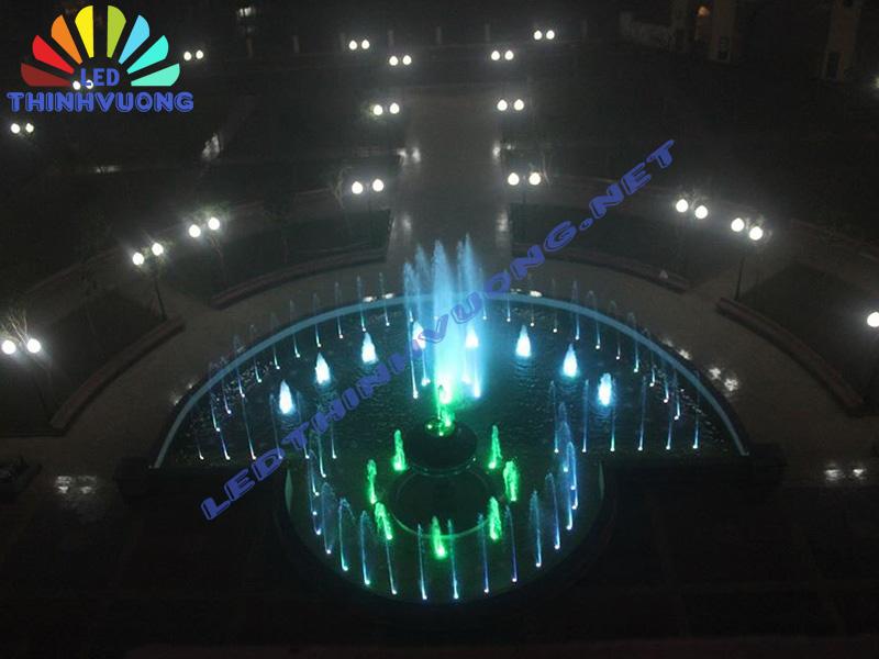 Thi công đèn Led chịu nước 3