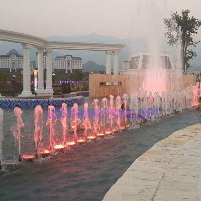 Đèn Led âm nước giá rẻ 8