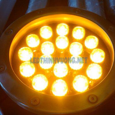 Đèn Led âm nước giá rẻ 9