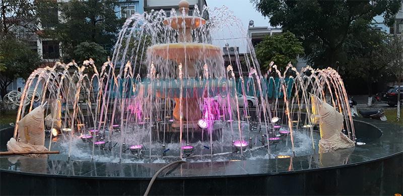 Đèn Led cho đài phun nước vườn hoa Nguyễn Quán Quang 4