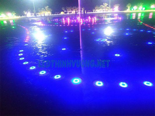 Đèn Led âm nước bánh xe 5
