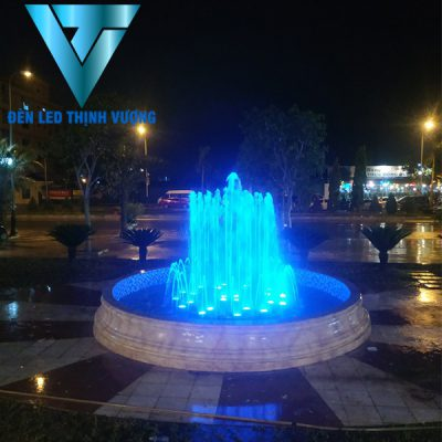 Đèn chiếu sáng đài phun nước 1